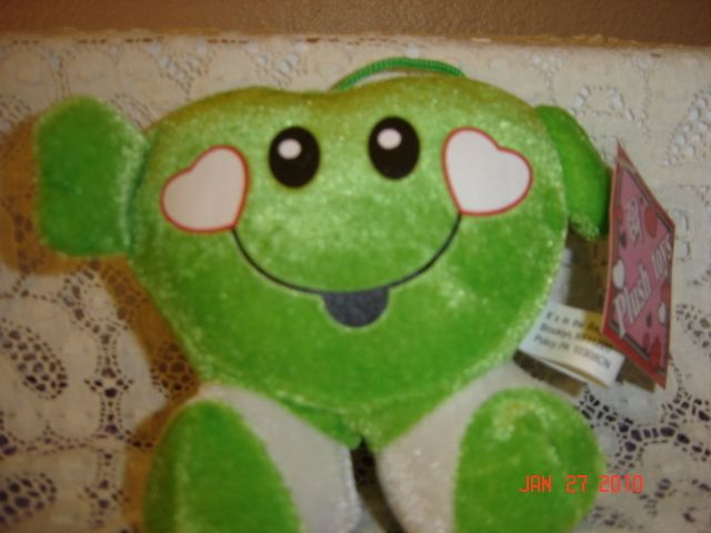 Valentines Day Small Plush Heart Smiley Face  GREEN